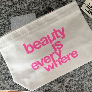 Dogeared Accessories - Dogeared Beauty is Everwhere Canvas Pouch