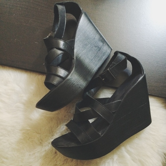 cathy jean cathy jean platform wedges from l s closet on