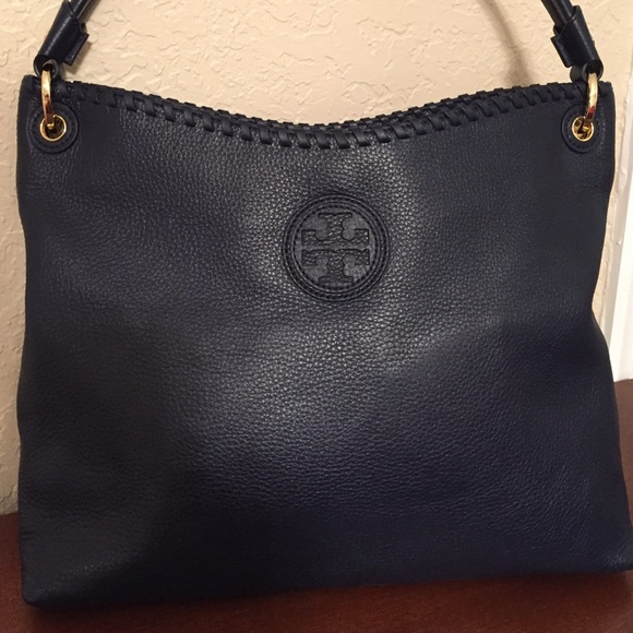 e27b492166c5 🆕Tory Burch NAVY Leather