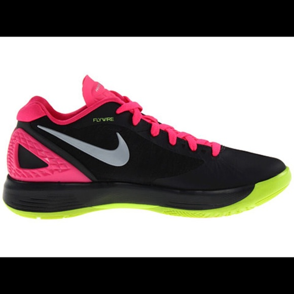 volleyball nike shoes black pink