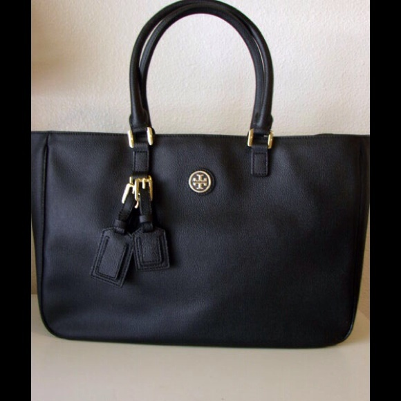 fac7c210aba New tory Burch Roslyn large tote bag