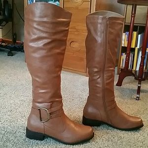 Journee Collection  Shoes - Journee Collection Charming 01 Chesnut Boots. BNWT