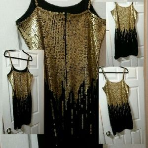 Dresses & Skirts - Hand sequined dress