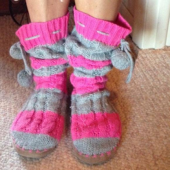 65393f7e29680 Victoria Secret Boot Slipper Socks