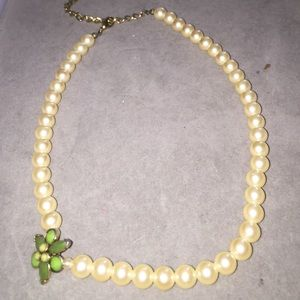 Vintage Jewelry - Vintage Costume Pearl Necklace. FINAL REDUCTION