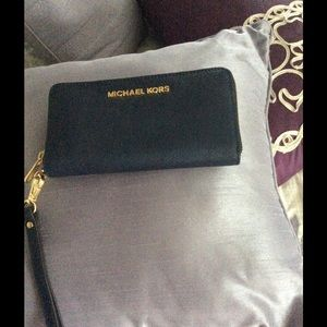Michael Kors zip around wallet/cell phone case