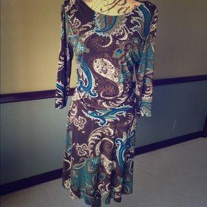 Dresses & Skirts - 🍁🍂3/4 sleeve paisley dress🍂🍁