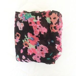 Forever 21 Accessories - Dark Floral Scarf