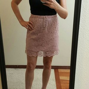 Mauve lace skirt