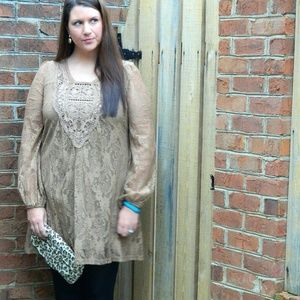 a'reve Dresses & Skirts - Tan Colored Lace Dress W/ Lining