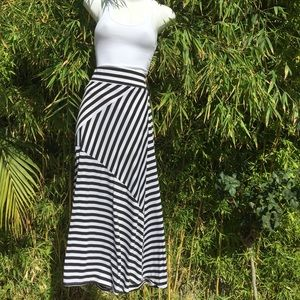 Dresses & Skirts - Long skirt
