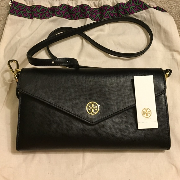 381ee2bcbf2 Brand new Tory burch Robinson expandable concierge