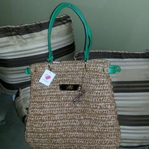 Handbags - Fancy straw bag.camel and green color