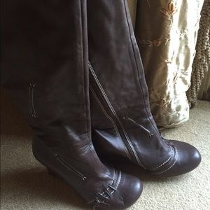 Harlow Shoes - Gorgeous brown leather tall Harlow Boots