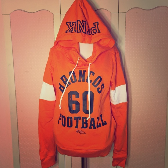 cheaper 58dd6 feaed Denver Broncos PINK Victoria's Secret Hoodie. NWT