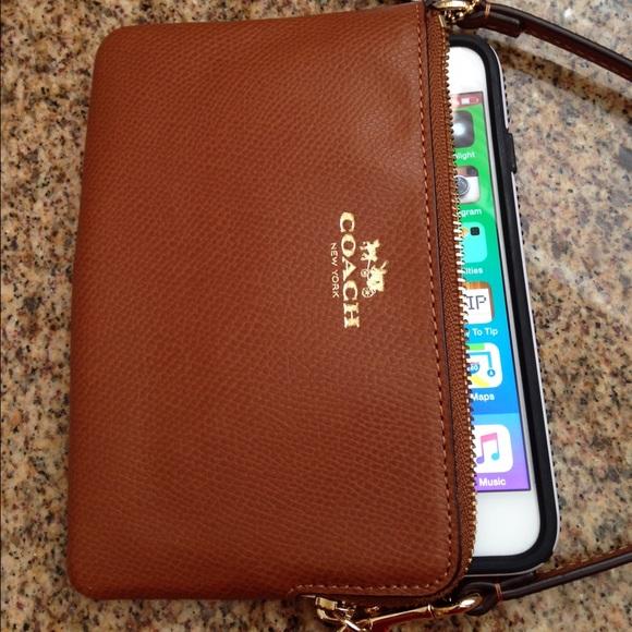 Coach Iphone  Wallet Case