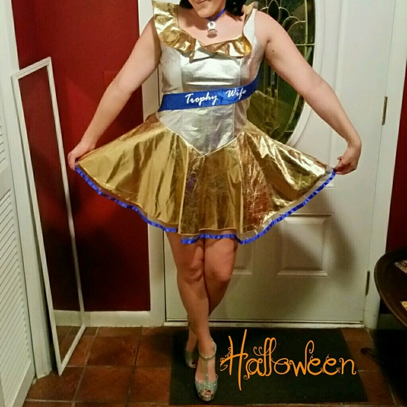 Halloween! Trophy Wife Costume & Dreamgirls Other | Halloween Trophy Wife Costume | Poshmark