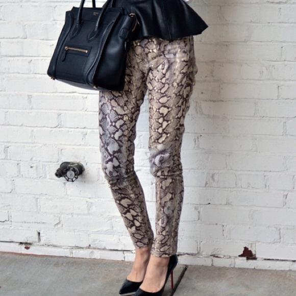637b14cc059595 Zara Pants - Zara Snakeskin Print Pants