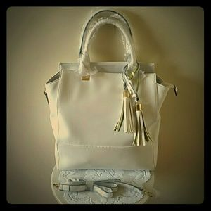 ❄ Winter White Tote ❄