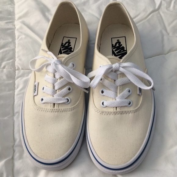 Vans Authentic Off White Shoes. M 55eb52409c6fcf60ec00dc83 66a274e55