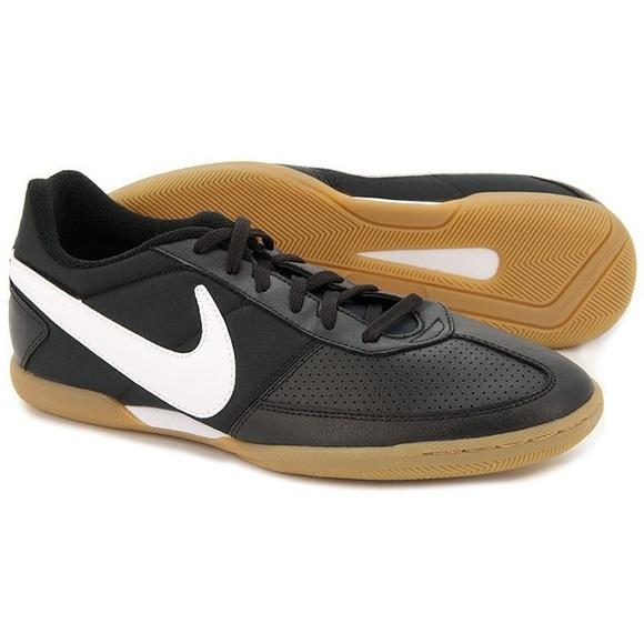 Nike Davinho Indoor Men's Soccer Shoes