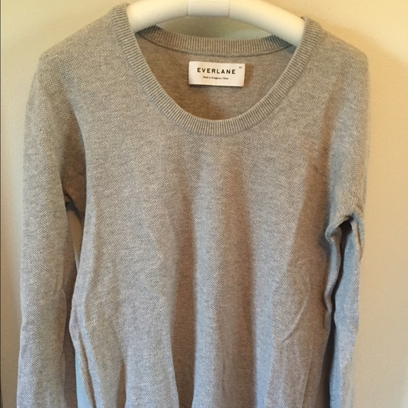 Everlane grey cotton seed knit U neck sweater XS