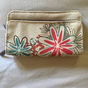 NWOT Thirty-One wallet
