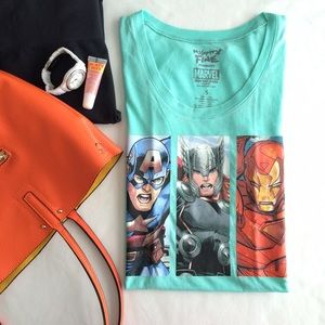 Mighty Fine Tops - 🎉HP🎉 Marvel Avengers t-shirt top