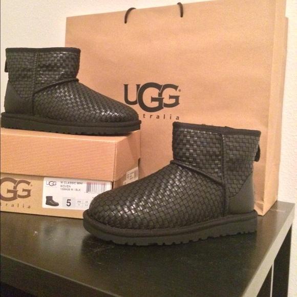mini boots ugg