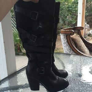 Shoes - Steve Madden 9 zip leather knee high boots