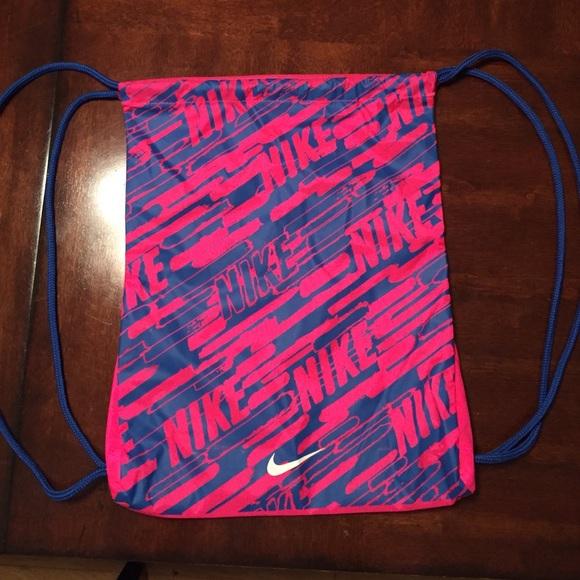 Nike women s pink blue drawstring bag. M 55ebdba4d3a2a7bae70111cf d7ec14c4f8