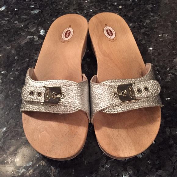8c84119edc9d Dr Scholl s Shoes - Dr Scholl s silver sandals