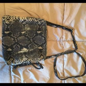 Snakeskin Printed Cross Body Bag