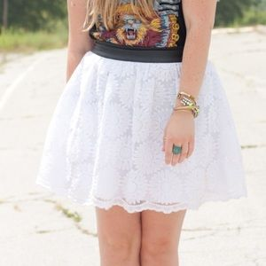 White daisy a-line skirt