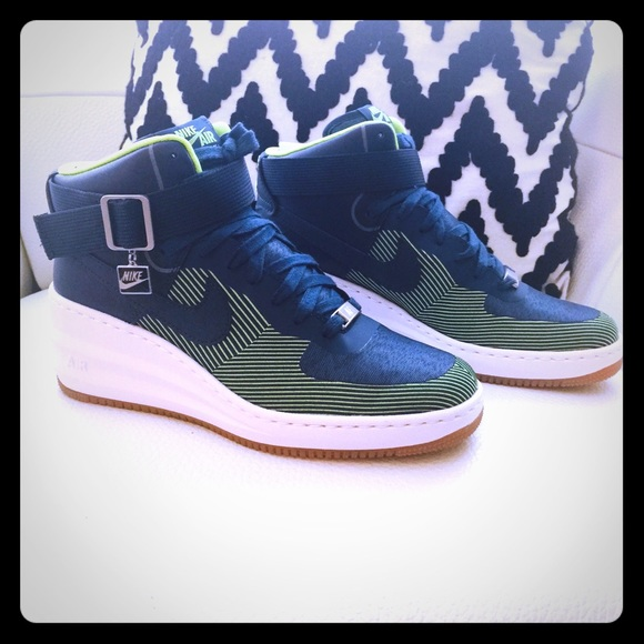 hot sales 72630 6f2a7 Nike Lunar Air Force 1 Sky Hi Wedge