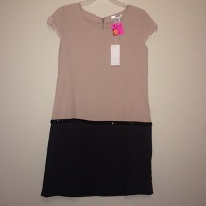 Esley Dresses & Skirts - Brand new back and beige dress! TAGS STILL ON!
