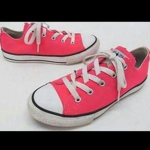 Kvinners Røde Converse Størrelse 7,5