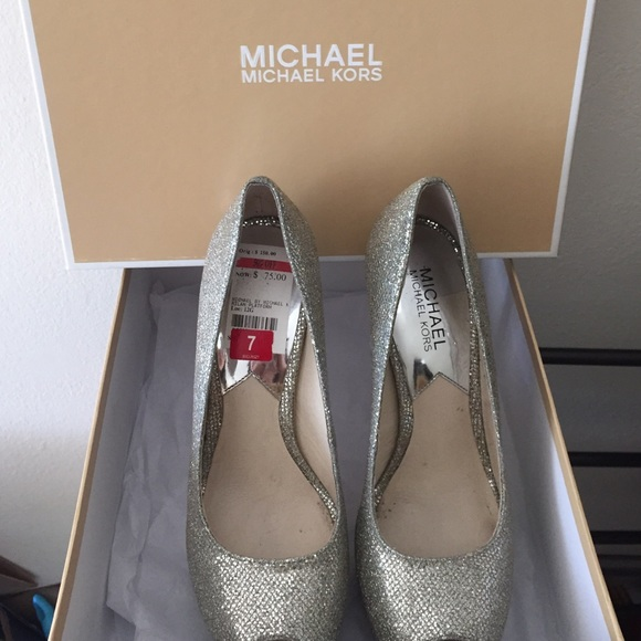 Wedding Shoes Silver Color.