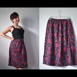 Vintage 80s/90s mid length floral skirt