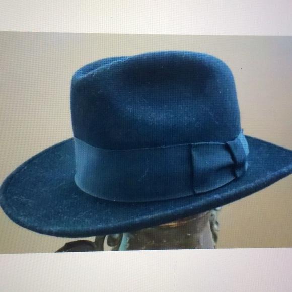 086c84e20 💰Black Capas Design 100% Wool