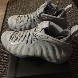 8040b99945b Nike Shoes - Wolf Grey Foams