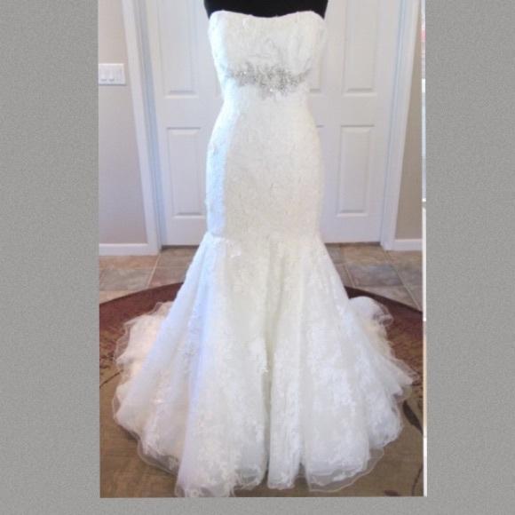 Allure Bridals Dresses   Allure 8913 Lace Bridal Gown Wedding Dress ...