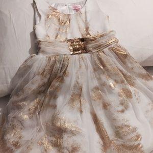 Zoe Ltd Other - Dress for little girls !