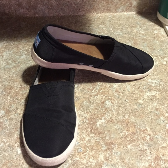 Toms Shoes | Toms Black Avalon Slipon
