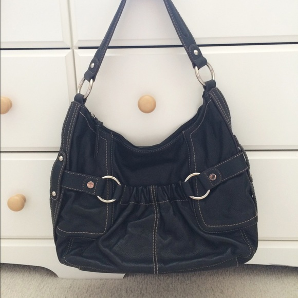 61d0fedc2ac Tignanello Leather Hobo Bag, Floral Paisley Lining.  M 55ecf9d9b5643e6693016d96