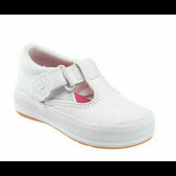 b61622d18914 NWT Girls Keds Daphne Sneaker