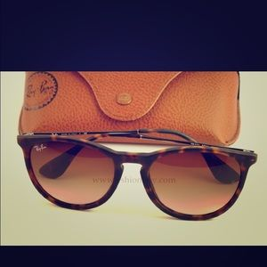 Brand new Erika Ray Bans