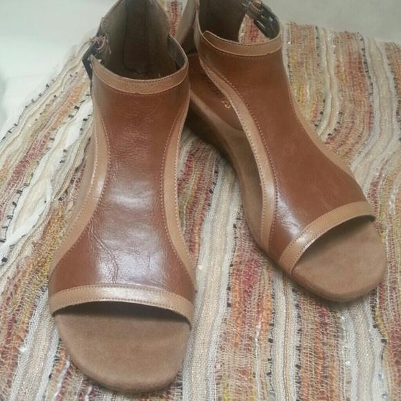 7b0174624d0a AEROSOLES Shoes - Aerosoles gladiator sandals