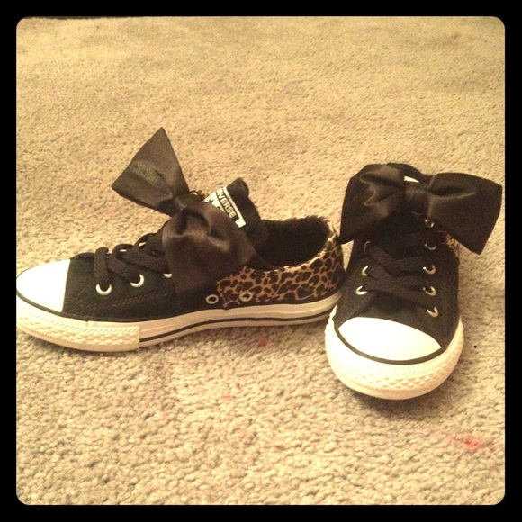 separation shoes 140c5 e600e Converse Shoes - Converse All Star Betty Bow Leopard Sneakers