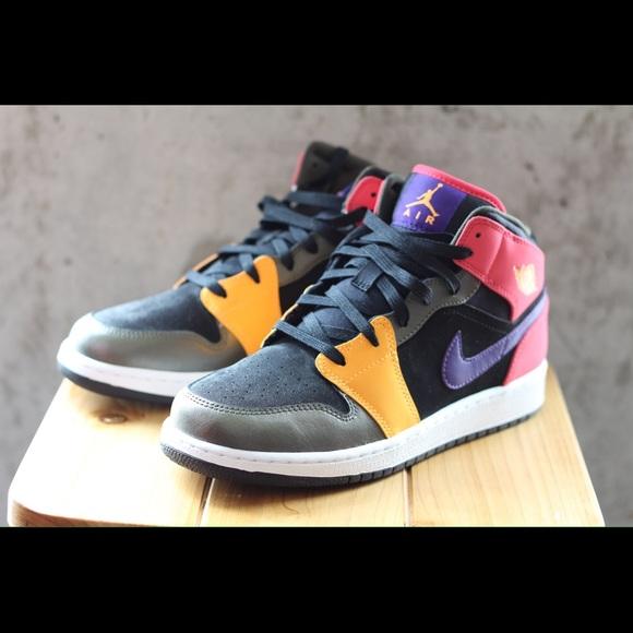 Air Jordan 1 multicolor